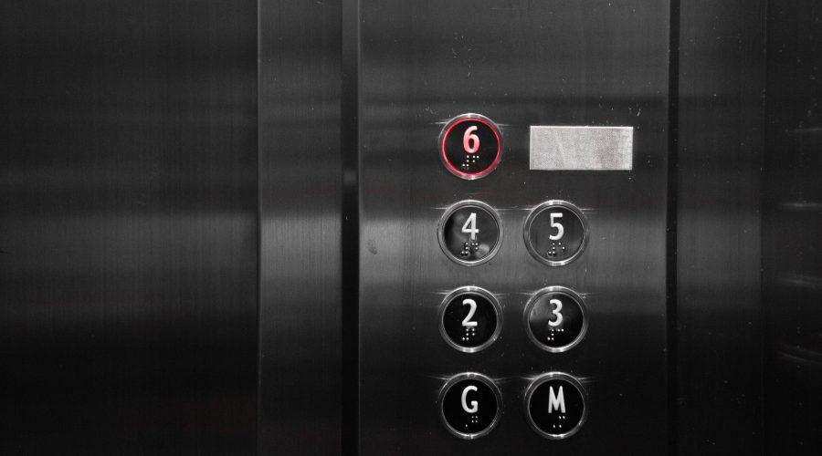 ¿Me indemnizan si cedo mi piso para instalar un ascensor?