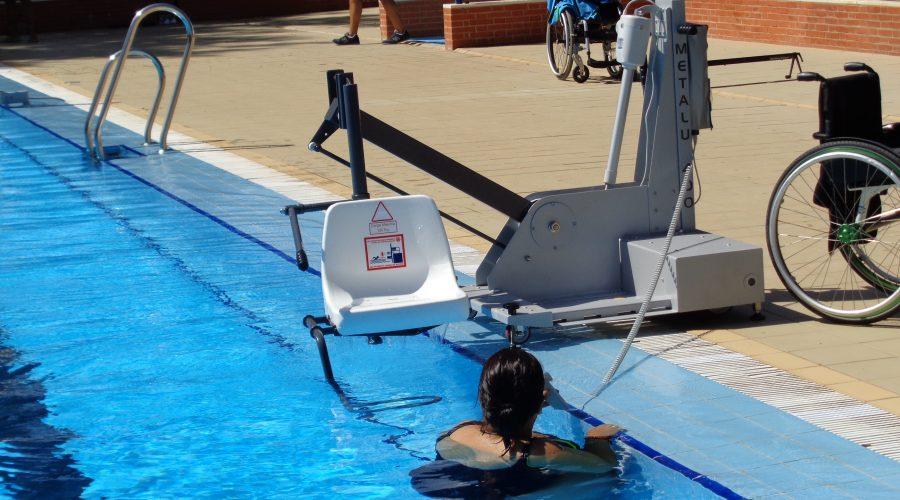 Seguridad para piscinas accesibles - MG7 Elevación