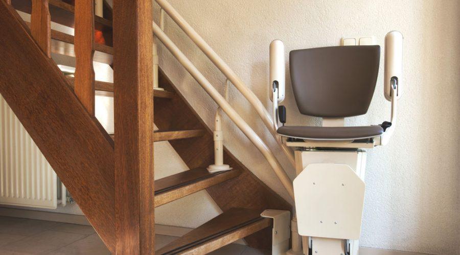 Ventajas y beneficios de las sillas salvaescaleras